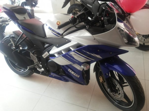 Yamaha-R15-v3-new-1