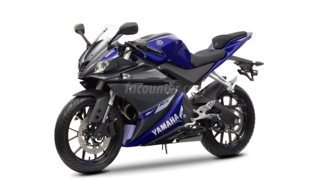 2015-Yamaha-YZF-R25-2