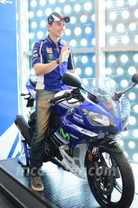 YZF-R15 Livery Movistar MotoGP