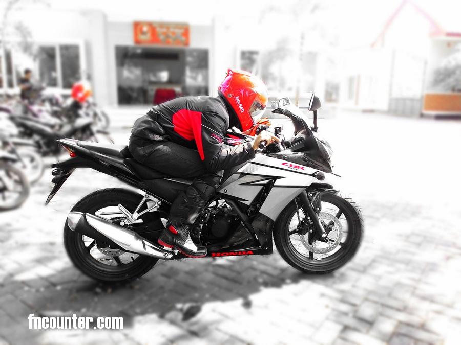 Test Ride Honda Cbr150r 2014 K45 Top Speed 126 Kpj On Speedometer
