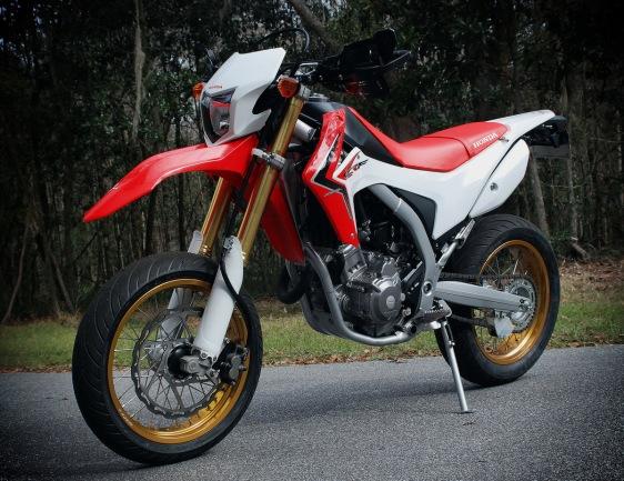 honda crf250L street legal trail bike1