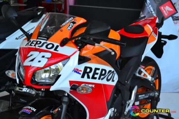 CBR 250R Repsol 2