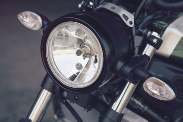 XSR700 headlamp