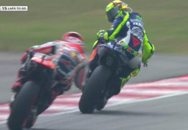 rossi hand up