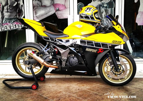 Yamaha R25 60th Anniversary 2