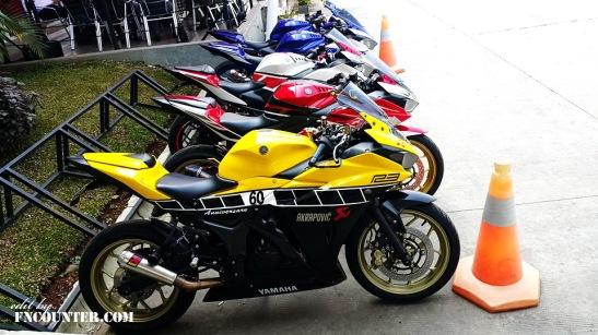 Yamaha R25 60th Anniversary 3